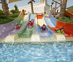 Аквапарк Yas Waterworld